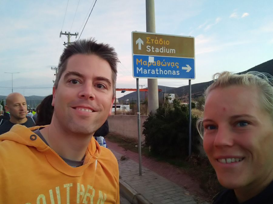 Ivett und Jürgen beim Athen Marathon The Authentic